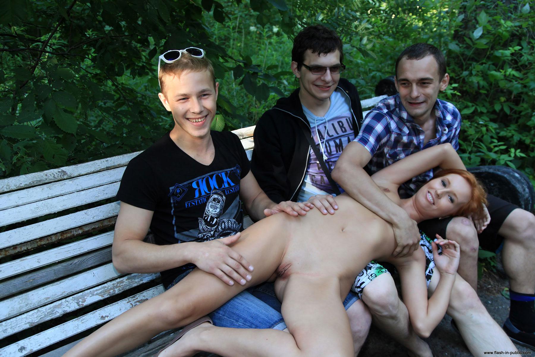 Сниму молодого мальчика, Зрелые женщины хотят секса с молодыми парнями 17 фотография